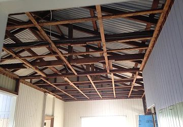 Asbestos ceiling removal what to expect on the day.